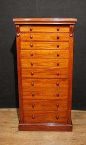 Antike viktorianische Wellington Brust Mahagoni Kampagne Möbel