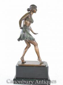 Art Deco Tänzer von Rieder Statue Ägyptische Tanzfigur